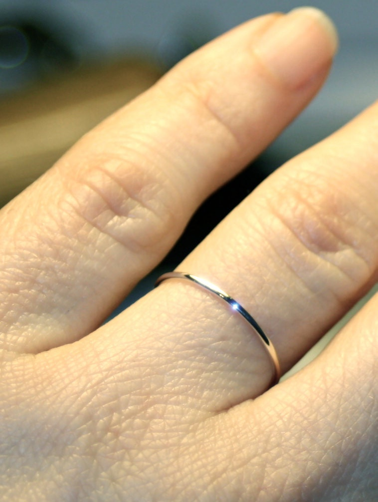 zoom - White Gold Wedding Ring