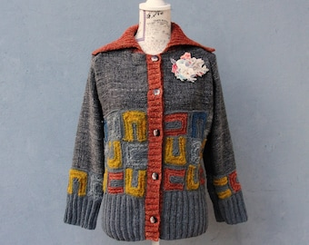 Art Deco Cardigan, Geometric Knitted Jacket with Floral Brooch, Small/ Medium Clothing US size 6 / 8 EU size 36 / 38