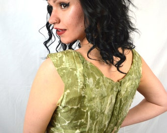 Vintage 1950s 50s Green Silk Wiggle Party Dress