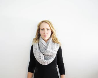 Crochet Infinity Scarf. Eternity Scarf. Light Gray Scarf. Oversized Circle Scarf. Knit Infinity Scarf. Chunky Crochet Scarf. Gifts for her.
