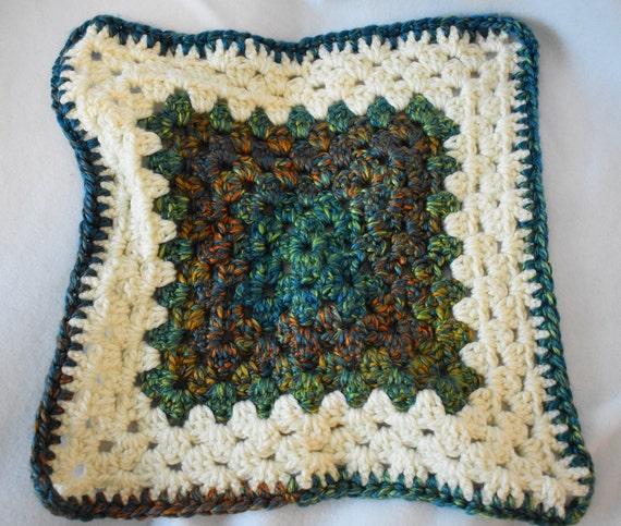 Soft Teal & Cream Crochet Cat Mat