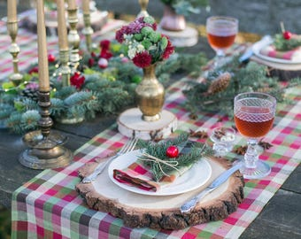 Christmas table toppers - Plaid table runners - Christmas table decor ideas - Table linens runner - Christmas table runner - Tartan runner