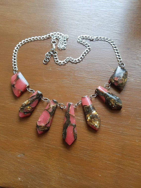 Rose pink chunky statement necklace