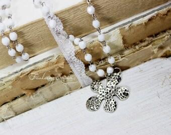 Flower Necklace pendant vintage Boho white silver