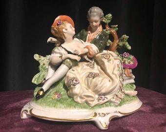 Unterweissbach Porcelain Figurine Courting Couple *Pristine*