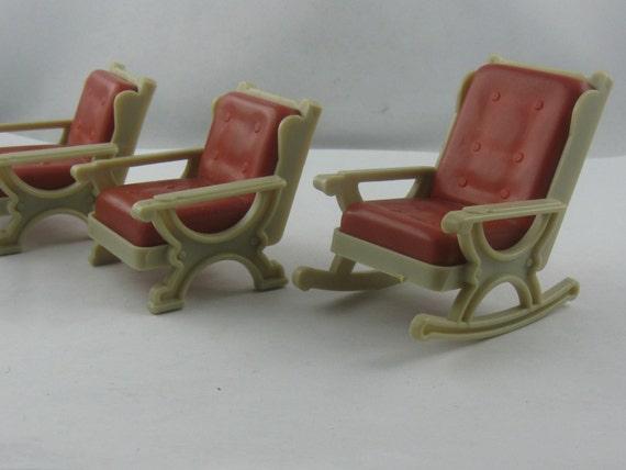 Puppenstube m bel aus den 60er 70er jahren aus kunststoff 2 for Mobel aus den 60er jahren