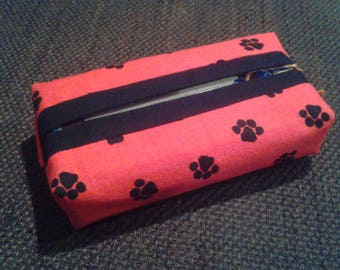 Paws Pocket Tissue Holder