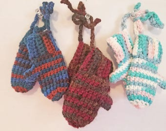 Crochet Mitten Ornaments