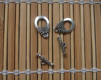 Set of 2 silver plated toggle clasps
