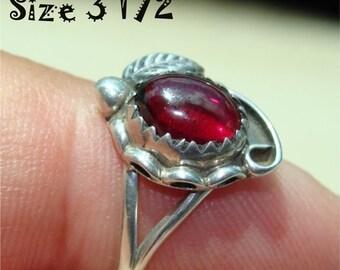 Vintage NAVAJO Ring GENUINE GARNET Size 3 1/2 Handmade