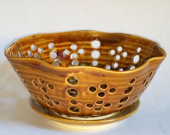 Amber Scalloped Fruit Bowl, Berry Bowl or Colander with Optional Saucer  - Wheel Thrown Pottery