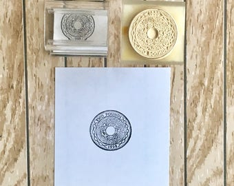 Two pound coin rubber stamp stamping snailmail journals penpals