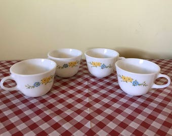 Set of Four Vintage Pyrex Flirtation Coffee Cups