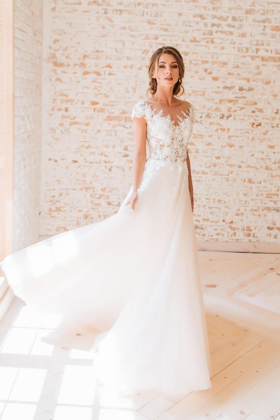 Brautkleid mit bestickter Spitze Mode Ballkleid Kleid Braut