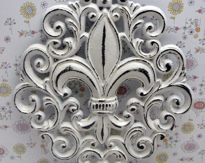 Fleur de lis Cast Iron Shabby Chic White FDL Ornate Wall Art Home Decor