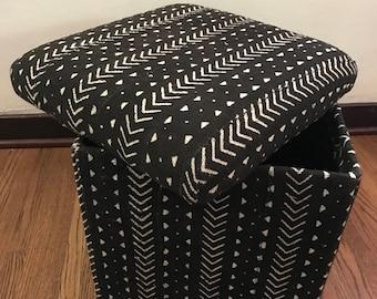 Vintage Mali West African Black/White Mudcloth Storage Ottoman/Cube