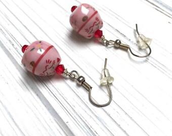 Maneki Neko Kitty Earrings. Ceramic Cat. Medium Drop Earrings. Dangle Earrings. Pink. Red. Handmade Jewelry.