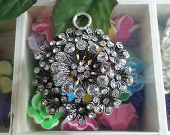 1 large pendant, Crystal rhinestone alloy big pendants, antique silver, 58 x 51 mm x 11 mm, hole: 6.5 mm
