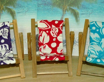 Small Hibiscus Flower Cell Phone Chair