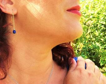 Boucles d'oreilles Lapis-lazuli – Or jaune*, chaîne fine et perles Or 14 ct*, pierres fines naturelles, semi précieuses, bijou artisanal