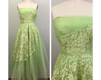 Vintage 50s Chartreuse Green Lace Strapless Tulle Ballgown Wedding Party Dress XS/S