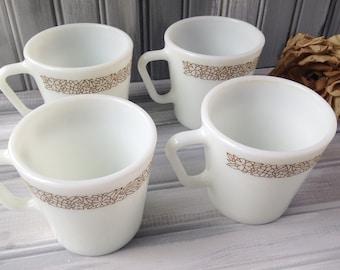 Set of Vintage Pyrex Mugs / Pyrex Coffee Mugs / Vintage Coffee Mugs / Pyrex Woodland Mugs / Vintage Glass Pyrex Mugs / White pyrex mugs