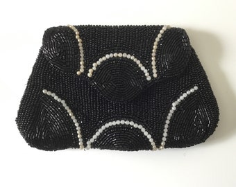 1920s beaded evening purse, vintage beaded purse, black beaded coin purse, 1930s purse, hand made in Belgium purse, black coin purse
