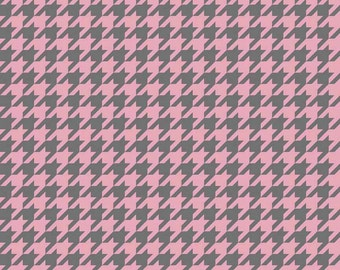 Pink and Gray Houndstooth Fabric, Riley Blake C980-16 Medium Houndstooth, Gray & Baby Pink Houndstooth Fabric, Cotton Quilt Fabric