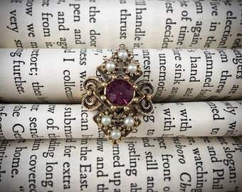 Vintage Sarah Coventry Costume Jewelry Ring