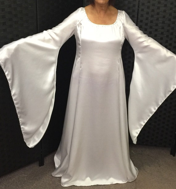 Great 2018 Medieval Wedding Gown Renaissance Bell Sleeve: Satin Medieval Dress For Fancydress Wedding Larp