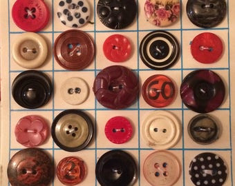 Vintage Bingo card with buttons
