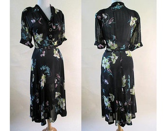 Gorgeous 1940's Sheer Floral Rayon Print Dress with matching belt & Covered buttons USO swing Size X Large