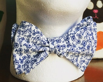 Bicycle Bow Tie - Blue & White