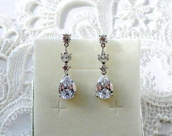 Bridal earrings Dangle Drop earrings Crystal Wedding earrings Bridal jewelry Silver Teardrop earrings Bridesmaid earrings gift Swarovski