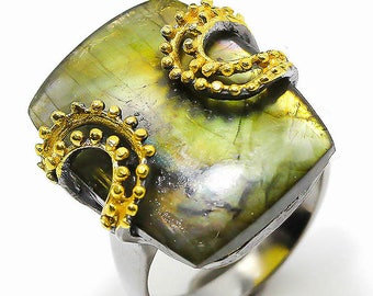 Natural Fiery Labradorite 925 Sterling Silver 14k Gold Ring size 8 - Fine Art Ring - Handmade Ring boho chic ring size 8 Natural stone Ring