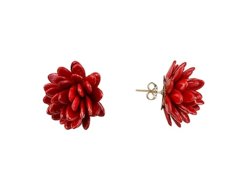 Red bead stud earring, flower stud, cluster stud, nut jewelry, garnet post, sterling silver earring, daisy jewel, exotic jewelry, black stud