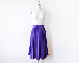purple pleated skirt, vintage accordion pleated 80s skirt, 1980s midi skirt, elastic waist skirt, small medium