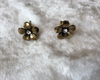 Vintage Style Tiny Flower Earrings with Diamanté