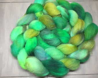 Shamrock Luck Hand Dyed Blue Faced Leicester Combed Top