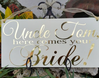 Wedding sign, Gold wedding sign,Wedding signs,Here comes your Bride Sign, Ring bearer sign, Flower girl sign, Wedding decor,Gold text sign
