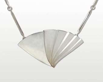 Silver Pendant, Fan
