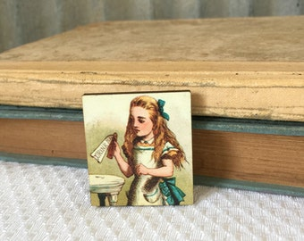 Alice in Wonderland Brooch, Wooden pin, Stocking Stuffer, Alice in Wonderland Jewelry, Tea Party Pin, Mad TEa Party, Birthday Gift, Bridal