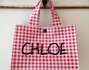 Beth's Personalized Gingham Oilcloth Lunch Box
