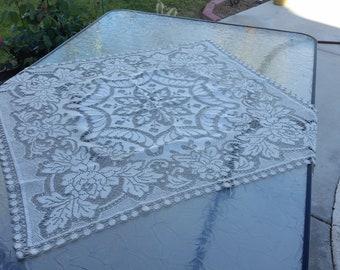 Crochet patern tablecloth