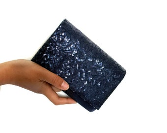 Small clutch purse in blue, Hard case clutch bag, Embroidered evening clutch blue, Clutch with strap, Clutch with chain