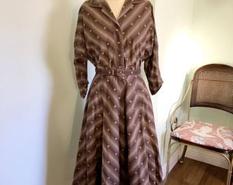 Vintage 1950's two piece chevron printed blouse and circle skirt set / 50s vtg chocolate brown skirt set