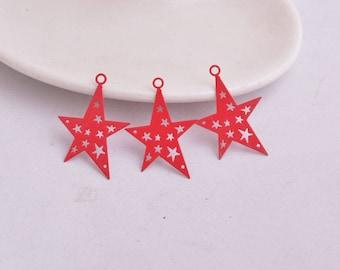 prints 2 red metal stars in 32 x 22 mm