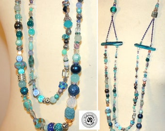 Necklace style ethnic Caribbean turquoise coral and multicolor beads pendants