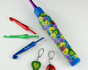 Interchangeable Ergonomic Crochet Hook Set - Blue Floral