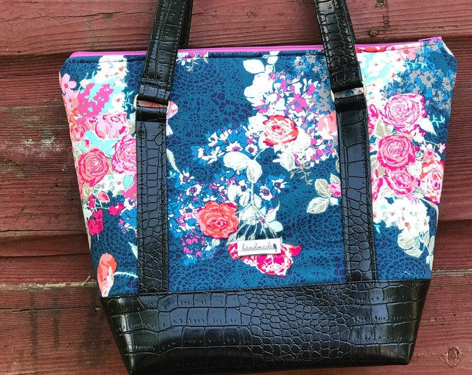 The Ella Bella Bag ~ Blue with Pink Flowers (2)